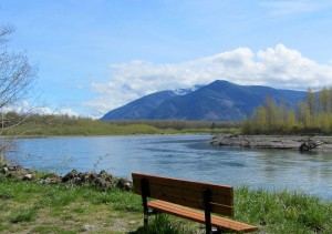 The Cascade Trail offers up vistas of the wild Skagit. Photo by Aubrey  Laurence