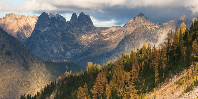 This Weekend: A Pair of Spectacular Autumn Hikes in the North Cascades